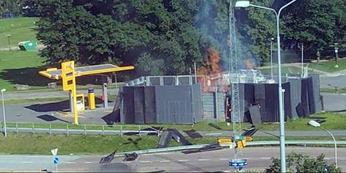 Hydrogen-fuel-cell-station-explosion